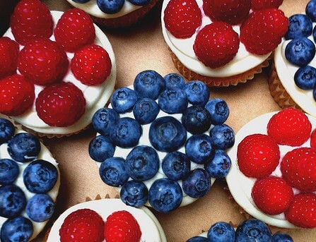 Summer-Berry-Fourth-of-July-Cupcakes