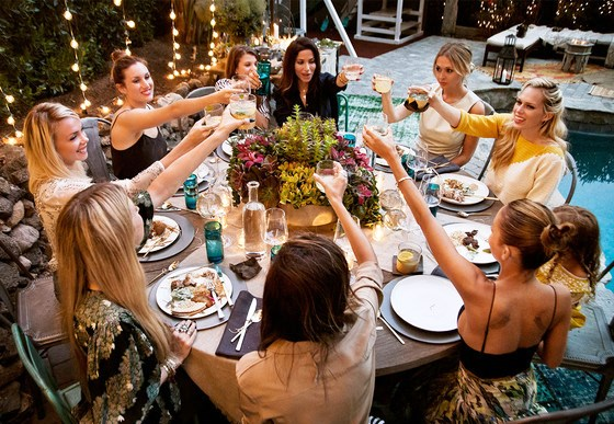 How To Host A Fabulous High Class Dinner Party On A Super